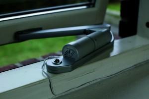 Window Opener Insitu