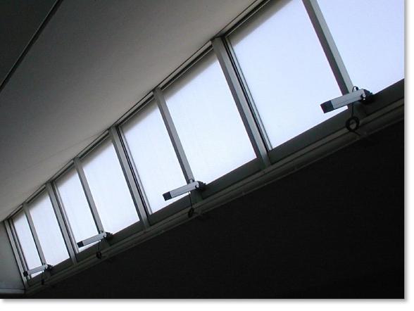 Mingardi Euro 1 Actuators Opening a bank of windows
